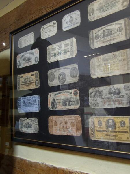 Monetary Notes