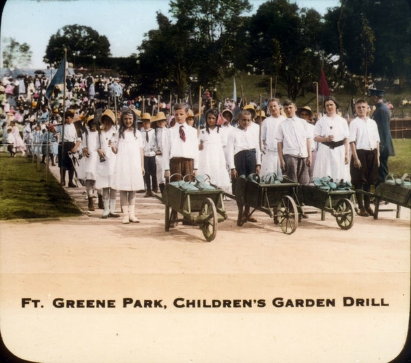 lan0995_b032_fort_greene_park_childrens_garden_drill-1544822283-3676