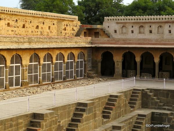 16 Chand Baori, Abaneri