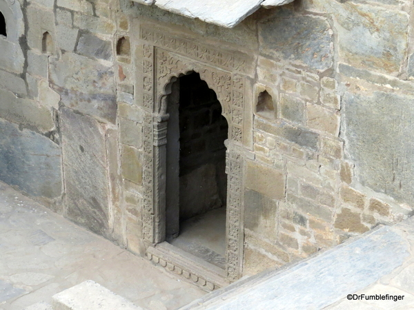 18 Chand Baori, Abaneri
