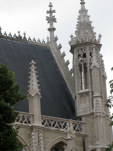 03 Cathedral of Our Blessed Lady of the Sablon. Courtesy Wikimedia and Wasily
