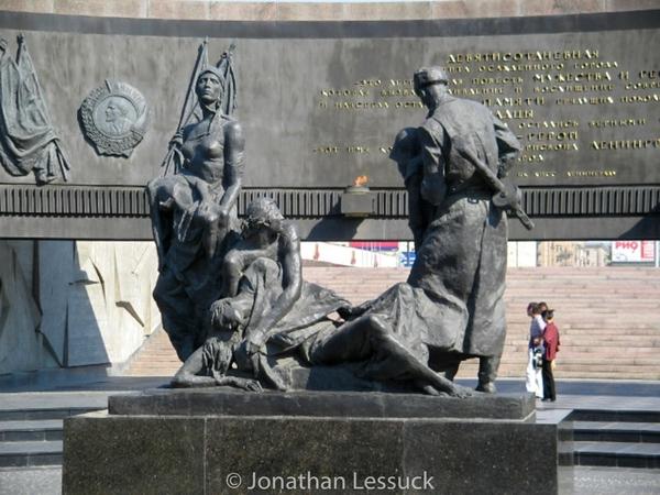 Leningrad memorial 2