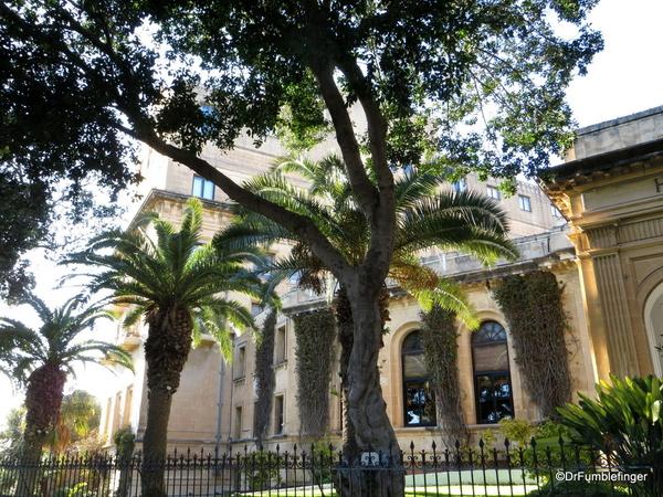 01 The Phoenicia, Valletta