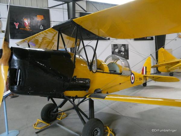 01 Bomber Command Museum, Nanton. De Havilland Tiger Moth (1942)