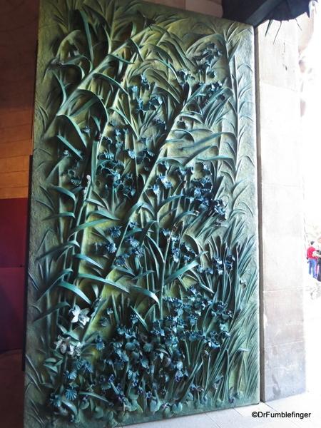 02 Doors, La sagrada Familia