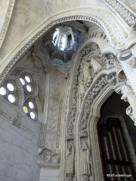 06 Doors, La sagrada Familia