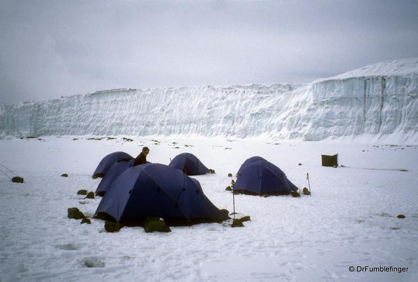 mt-kilimanjaro-ice-snow-037