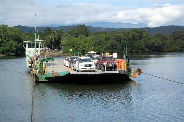 11_Daintree-ferry (1)