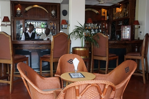 8_Stanley's Bar