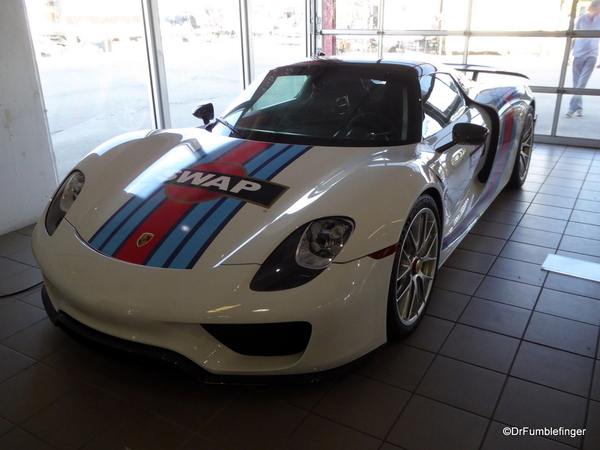 2015 Porsche 918 Spyder (1)