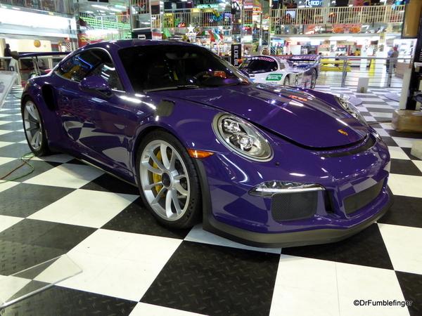 2016 Porsche 911 (2)