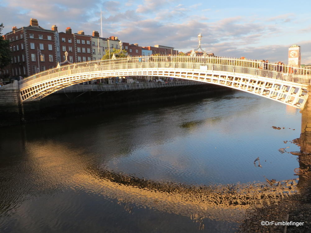 Ha'Penny Bridge, Liffey River, Dublin, Ireland
