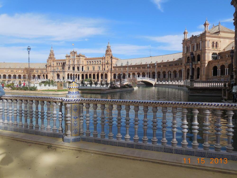 Magnificent Plaza de Espana