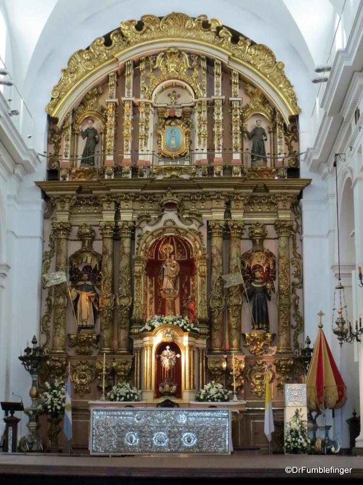 Buenos Aires, Recoleta Basilica Nuestra Senora del Pilar's altar