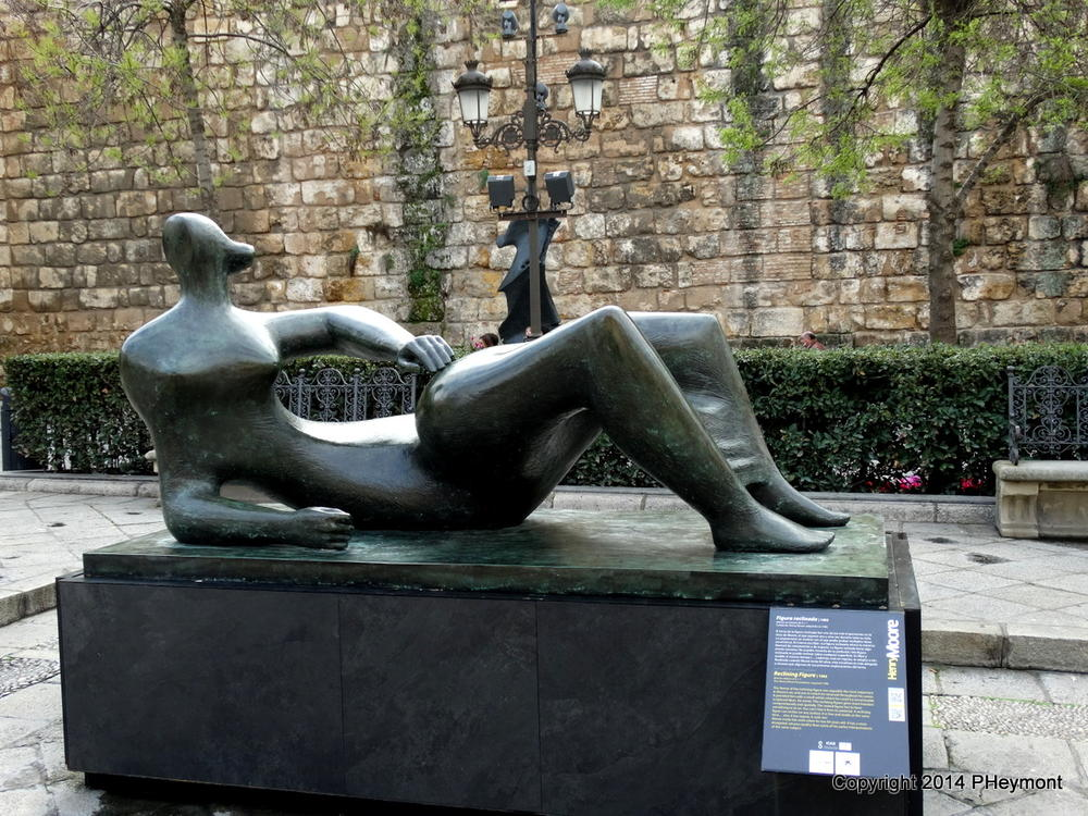 Reclining Figure by Henry Moore, Seville