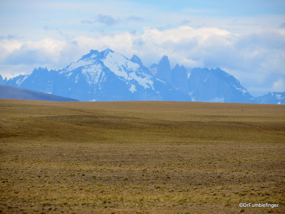 Views of the Andes and its westerly steppe