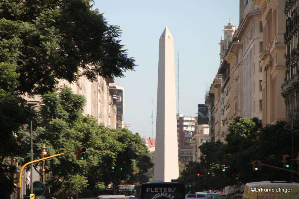 Obelisco, Avenida 9 de Julio, Buenos Aires.  The obelisk is a symbol of the city built in 1936 to commemorate its 400th anniversary