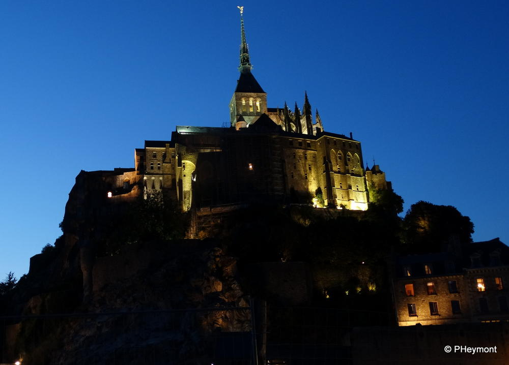 The Mont at night