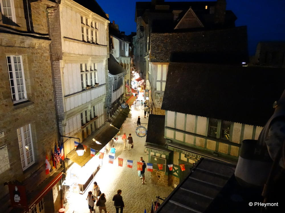 And Grand Rue in the evening, without the crowds