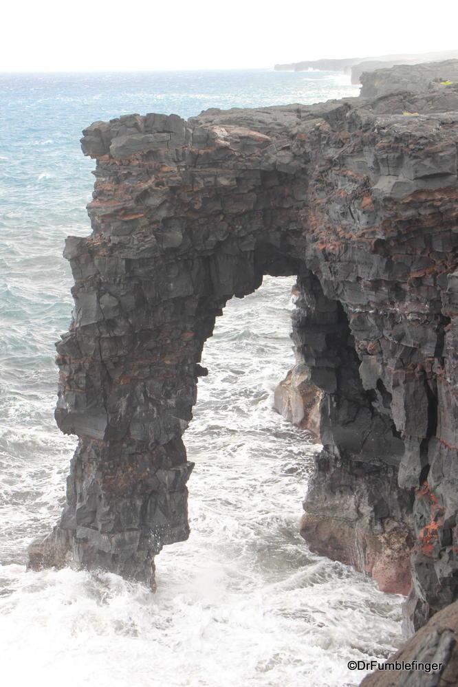 Holei Sea Arch, Volcanoes National Park, Big Island of Hawaii