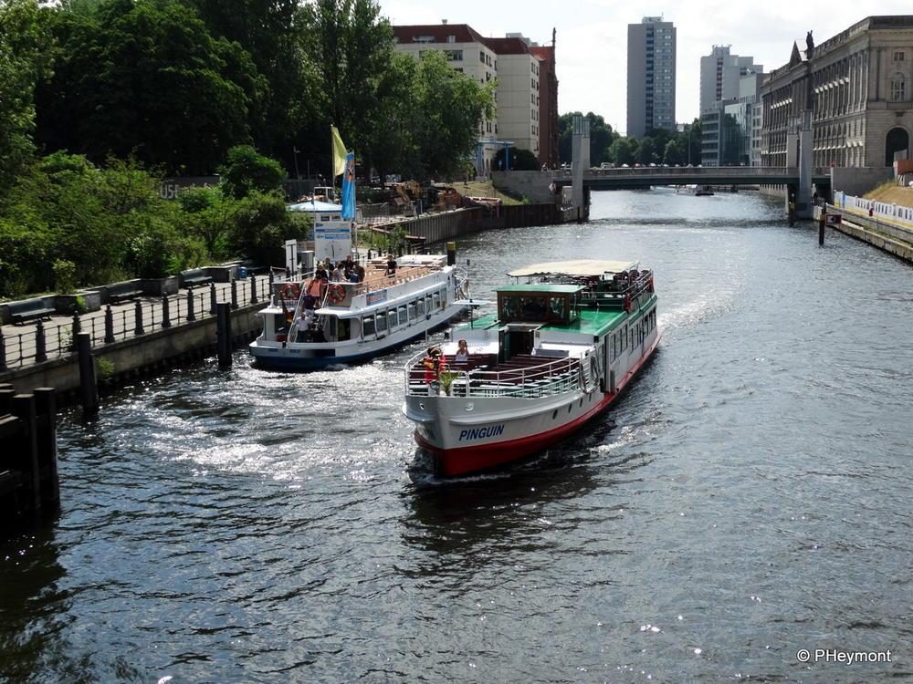 Spree boat tour