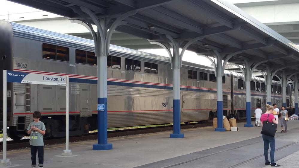 Amtrak's Sunset Limited, Houston