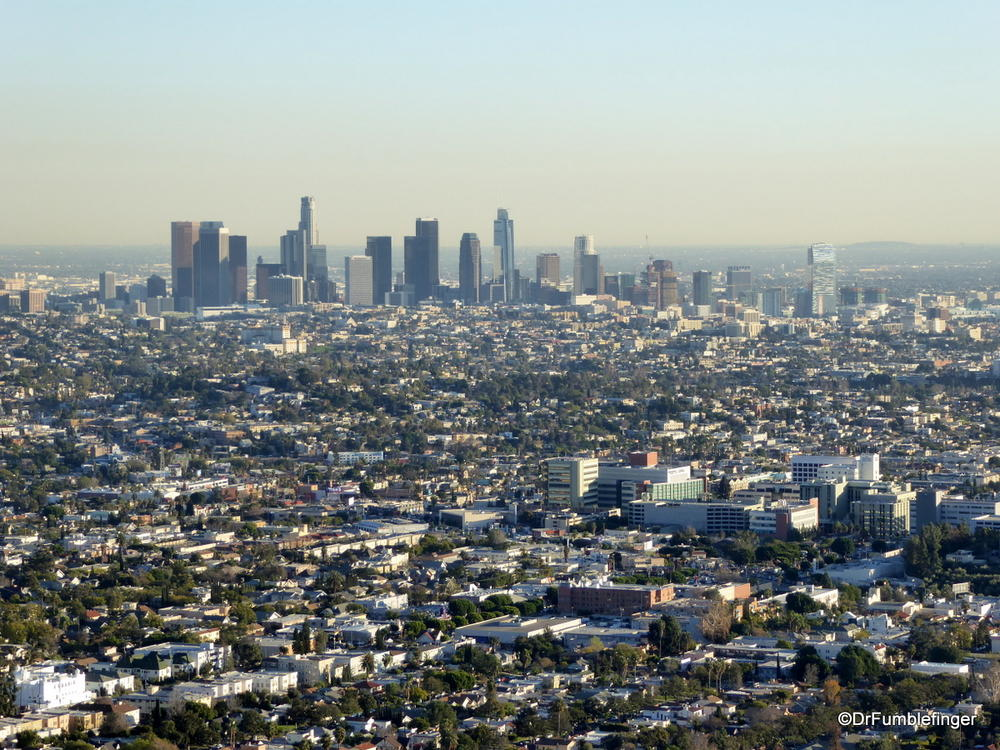 An unusually clear view of the downtown Los Angeles skyline