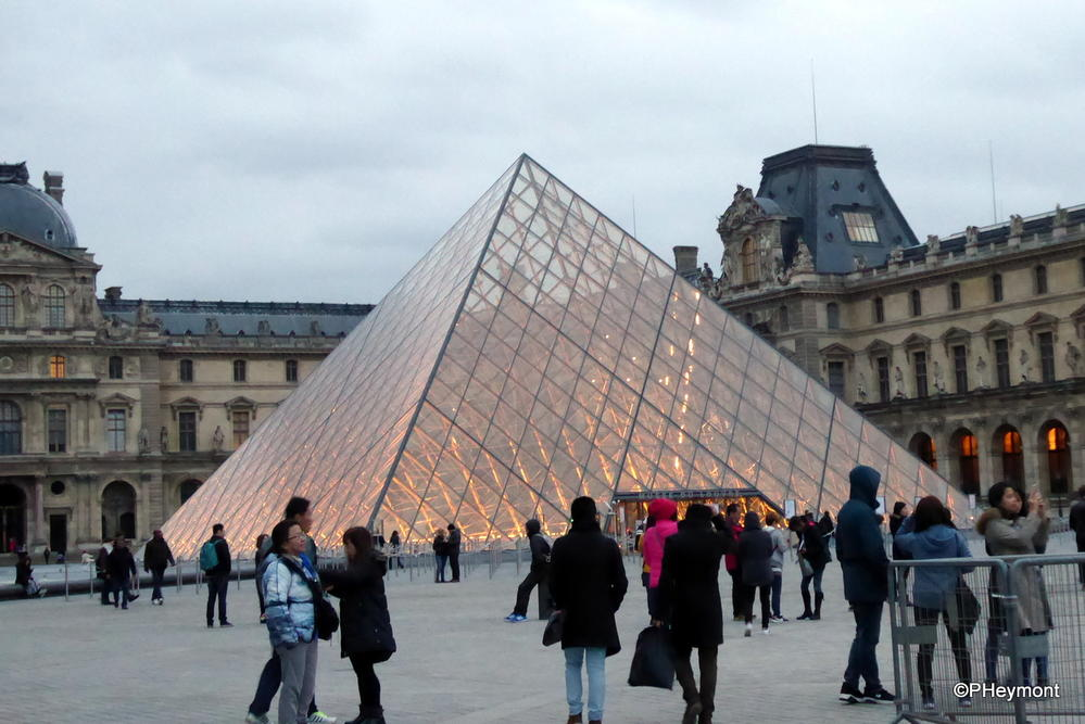 Dusk at the Louvre