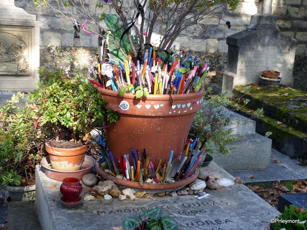 A writer's tribute, Montparnasse Cemetery