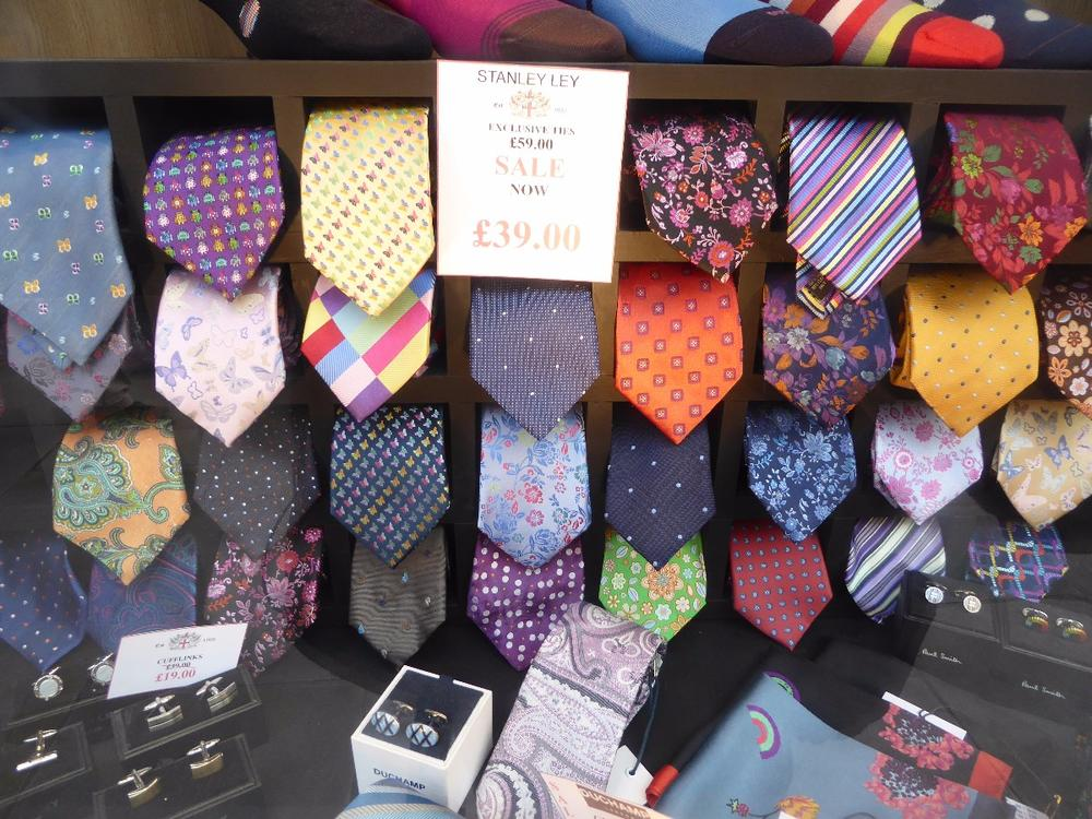 Unusual tie selection, London