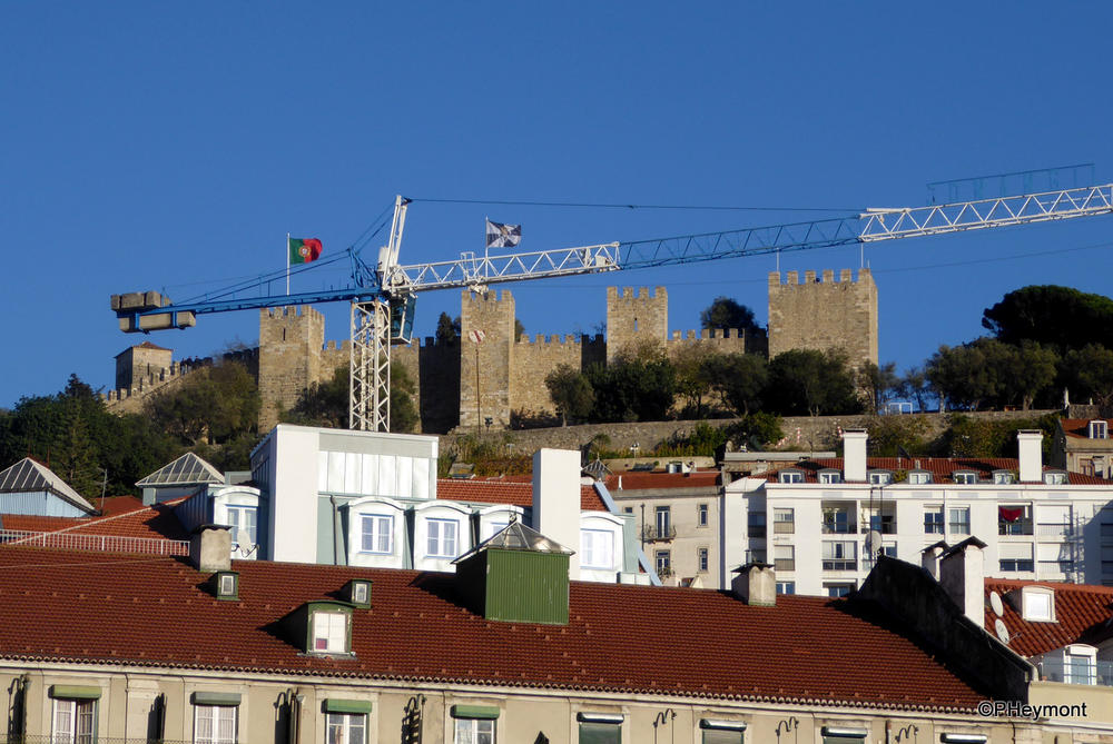 Ancient and new in Lisbon