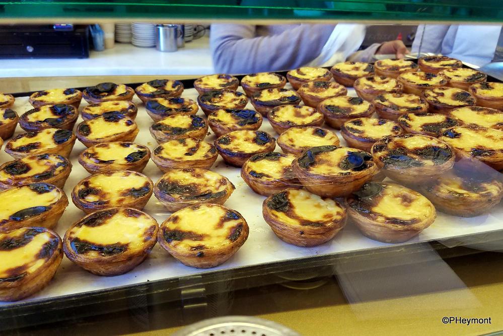 Hot, fresh Pasteis de Nata, Lisbon