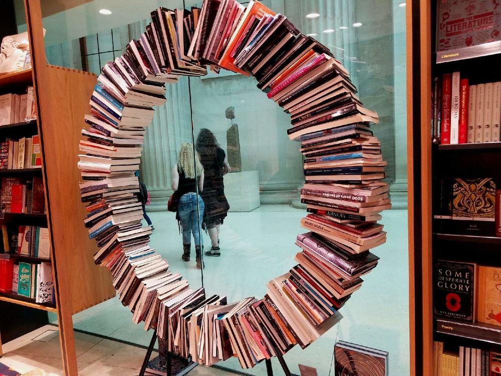 A real book circle!