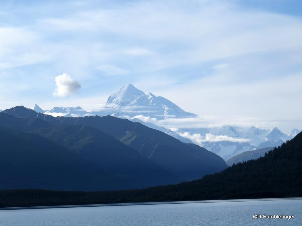Mount Fairweather straddles the USA/Canada border