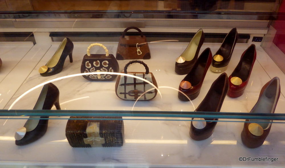It's Fashion Week in Milan, but these chocolate purses and shoes are meant to be eaten