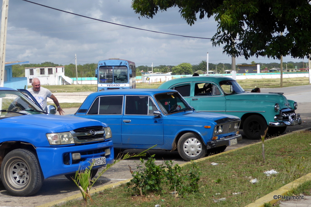 Three Generations of Cuban cars