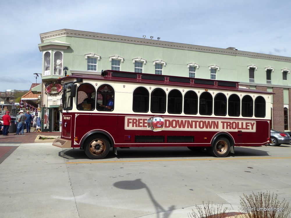 Trolley service in Historic Branson