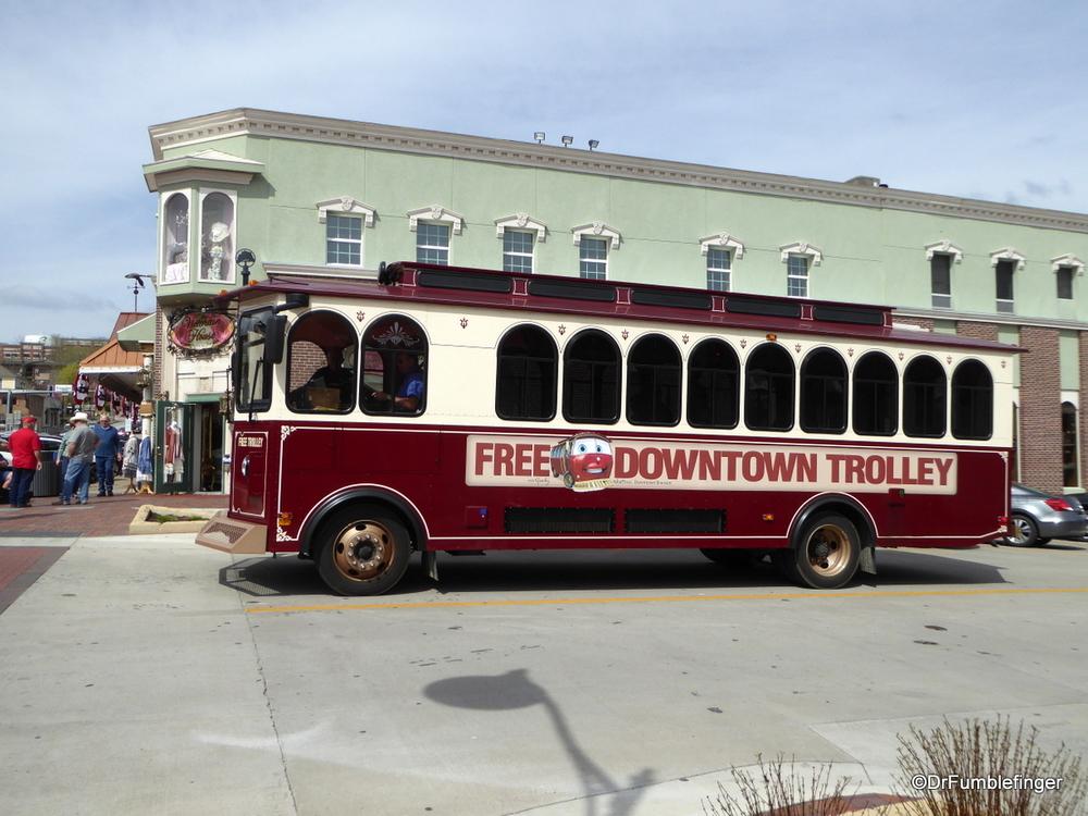 Trolley service in Historic Branson
