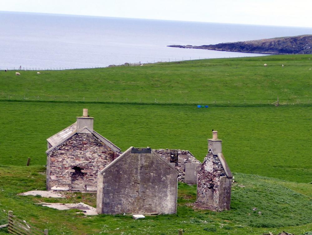 Abandoned farm buildings, Shetland