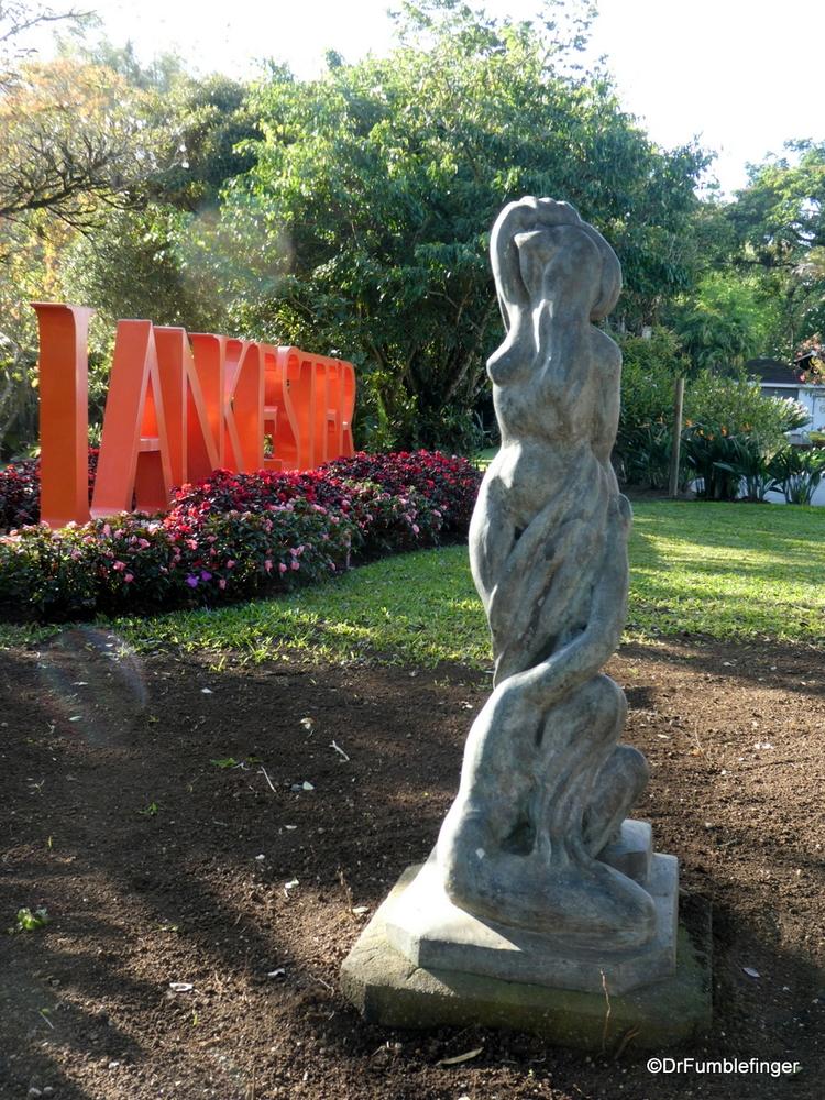 Entrance to Lankaster Garden, Costa Rica