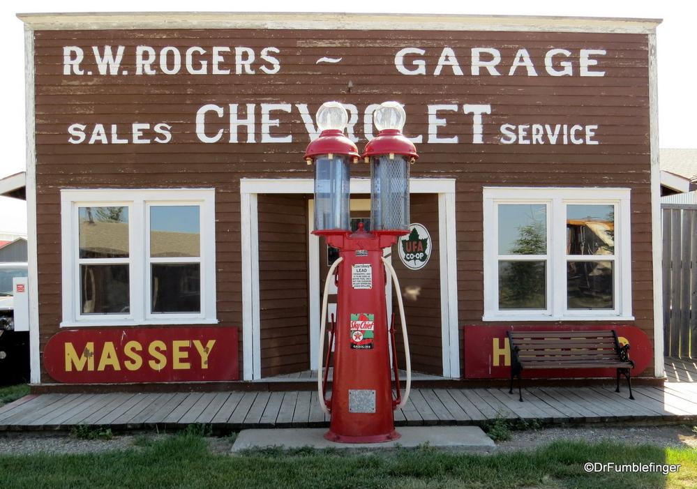 Historic garage, Picture Butte