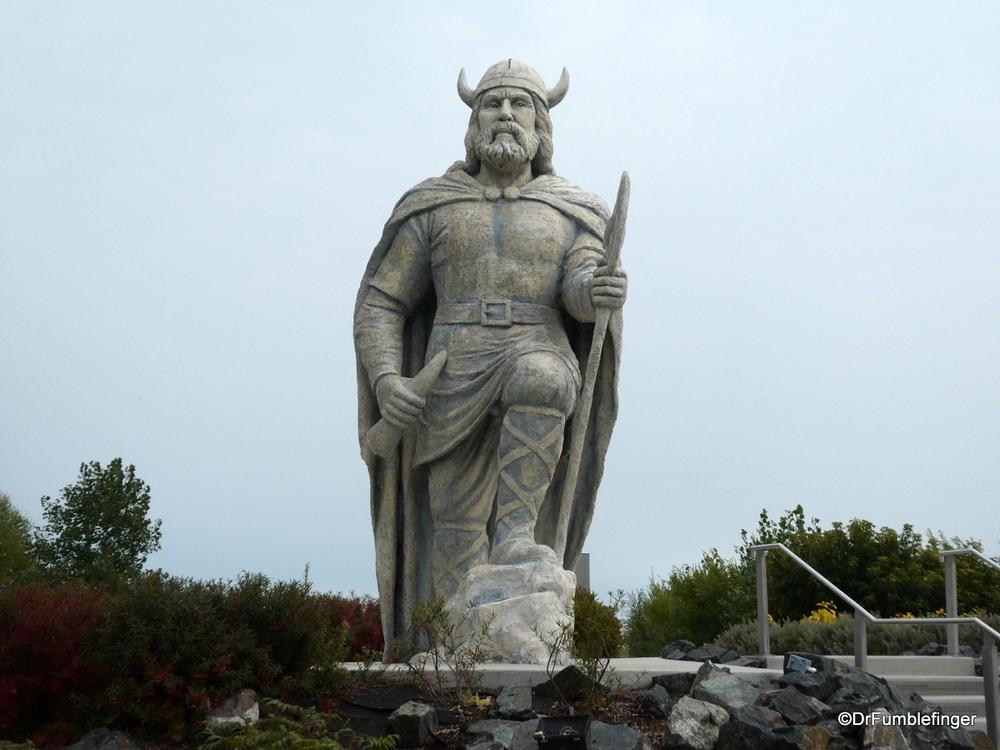 Viking Statue, Gimli