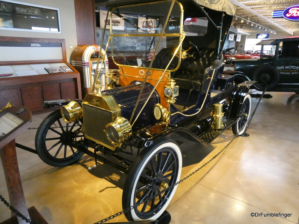 """1911 Ford Model T """"Mother-in-Law"""" Roadster, Dahl Auto Museum, LaCrosse, Wisconsin"""