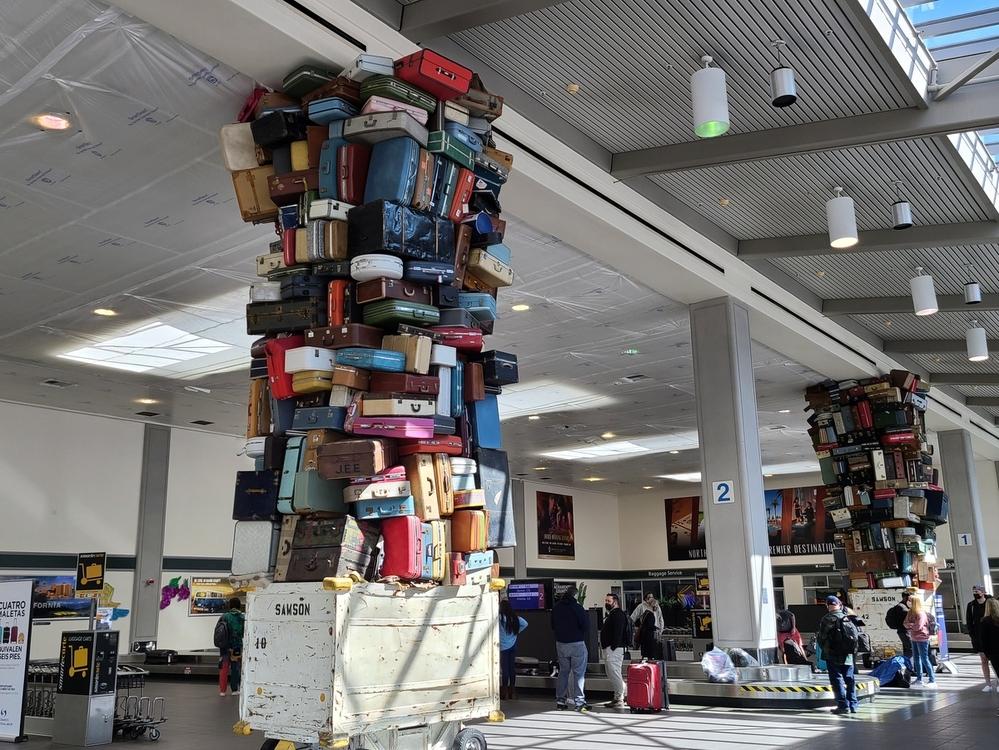 Baggage Collection Area, Sacramento Airport