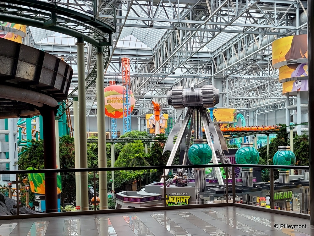 Indoor Outdoor at Mall of America